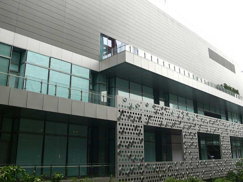 信義A10商場旅館大樓(微風松高)
